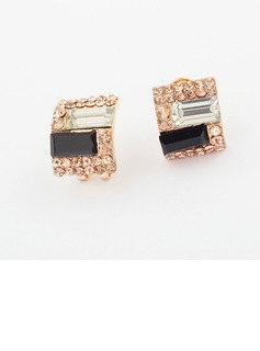 Unique Alloy With Rhinestone Ladies' Fashion Earrings (011034718)