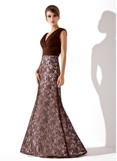 Trompete/Meerjungfrau-Linie V-Ausschnitt Bodenlang Spitze Kleid für die Brautmutter mit Rüschen (008005684)