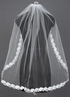 Een-rij Vingertop Bruids Sluiers met Lace Stoffen Rand (006039804)