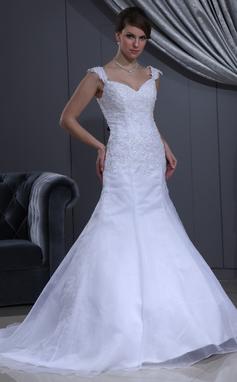 Trumpet/Mermaid Sweetheart Chapel Train Satin Organza Wedding Dress With Lace Beading (002011713)