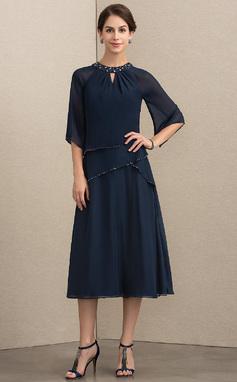 Vestidos princesa/ Formato A Decote redondo Comprimento médio Tecido de seda Vestido para a mãe da noiva com Beading lantejoulas (008152146)