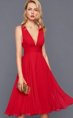 Трапеция V-образный Длина до колен шифон Коктейльные Платье с Рябь Бант(ы) (016140361)