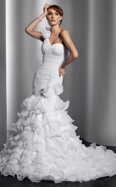 Forme Sirène/Trompette Encolure asymétrique Traîne mi-longue Organza Robe de mariée avec Fleur(s) Robe à volants (002014797)