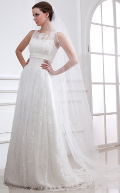 Forme Princesse Col rond alayage/Pinceau train Tulle Robe de mariée avec Dentelle Emperler (002004543)