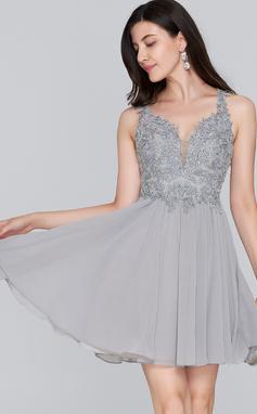 Corte A Amada Curto/Mini Tecido de seda Vestido de boas vindas com Beading lantejoulas (022124861)