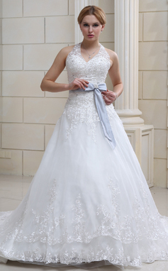 Ball-Gown Halter Chapel Train Organza Wedding Dress With Lace Sash Crystal Brooch Bow(s) (002011690)