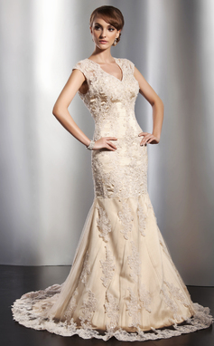 Trumpet/Mermaid V-neck Court Train Tulle Wedding Dress With Beading Appliques Lace (002014773)