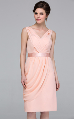 Column Knee-length Chiffon Bridesmaid Dress with Side Draping (007037174)