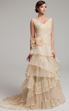 A-linjeformat V-ringning Sweep släp Organzapåse Bröllopsklänning med Spetsar Pärlbrodering Blomma (or) Svallande Krås Plisserad (002017527)