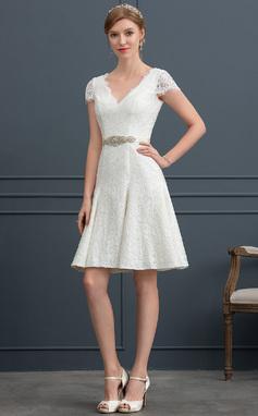 Трапеция V-образный Длина до колен Кружева Свадебные Платье с развальцовка (002171924)