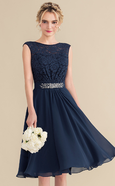 A-Line/Princess Scoop Neck Knee-Length Chiffon Lace Homecoming Dress With Beading Sequins Bow(s) (022165790)
