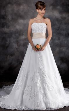 A-formet/Prinsesse Stroppløs Kapell tog Organza Brudekjole med Blonder Bånd Perlebesydd (002016926)