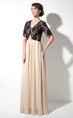 A-Line/Princess V-neck Floor-Length Chiffon Lace Mother of the Bride Dress With Ruffle (008017378)