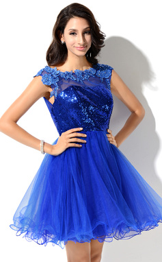 A-Line/Princess Scoop Neck Short/Mini Tulle Sequined Prom Dress With Lace Beading (018046234)