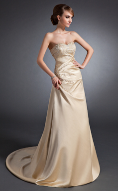 Forme Princesse Bustier en coeur alayage/Pinceau train Satiné Robe de mariée avec Broderie Plissé Emperler Sequins (002015130)