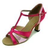 Mulheres Cetim Espumante Glitter Sandálias Latino com Correia -T Sapatos de dança (053008917)