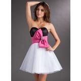 Vestidos princesa/ Formato A Coração Curto/Mini Cetim Tule Vestido de boas vindas com Cintos Bordado Curvado (022010495)