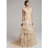 Трапеция/Принцесса V-образный Sweep/Щетка поезд Органза Свадебные Платье с кружева Бисер Цветы Ниспадающие оборки Плиссированный (002017527)