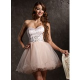 A-Line/Princess Sweetheart Short/Mini Tulle Homecoming Dress With Beading Appliques Lace (022008954)