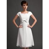 Vestidos princesa/ Formato A Coração Coquetel De chiffon Vestido de madrinha com Pregueado Bordado Curvado (007020743)