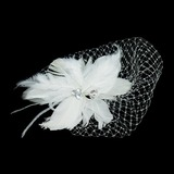 Lindo Pena/Tule Fascinators com Strass (042026526)