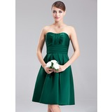 A-Line/Princess Sweetheart Knee-Length Satin Bridesmaid Dress With Ruffle (007001887)