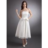 Трапеция/Принцесса Без лямок Длина ниже колен кружева Свадебные Платье с Бант(ы) (002020879)
