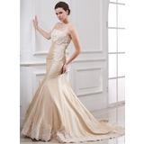 Trumpet/Mermaid Strapless Court Train Taffeta Wedding Dress With Ruffle Lace Beading (002000059)