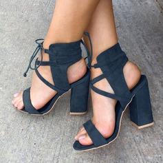 Женщины Замша Устойчивый каблук Сандалии На каблуках Открытый мыс с Шнуровка обувь (087124936)