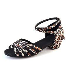 Детская обувь Шелковые Сандалии Латино с Ремешок на щиколотке Обувь для танцев (053113233)