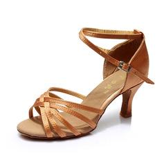 Mulheres Cetim Saltos Sandálias Latino com Correia de Calcanhar Sapatos de dança (053053109)