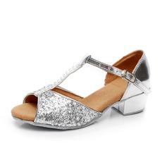 Детская обувь Мерцающая отделка Лакированная кожа Сандалии Латино с горный хрусталь Т-ремешок Обувь для танцев (053059708)