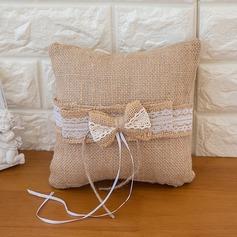 Чистая элегантность Кольцо подушки в Атлас с Лента/Лук (103093317)