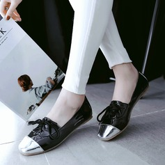 Women's PU Flat Heel Flats Closed Toe With Lace-up shoes (086145711)
