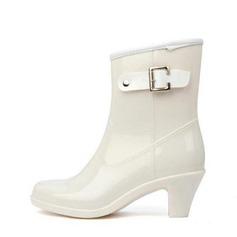 Kvinner PVC Stor Hæl Lukket Tå Støvler Ankelstøvler Gummistøvler med Spenne sko (088127032)