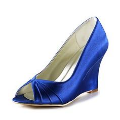 Naisten Satiini Wedge Heel Peep Toe Sandaalit (047020192)