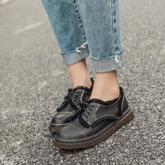 Женщины Кожа из микроволокна Плоский каблук На плокой подошве Закрытый мыс с Шнуровка кисточкой обувь (086134738)