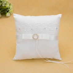 Ring Pillow in Satin With Ribbons/Lace (103025569)