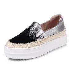 Vrouwen Kunstleer Flat Heel Plateau Closed Toe schoenen (086092171)
