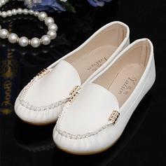Женщины PU Плоский каблук На плокой подошве Закрытый мыс обувь (086142412)