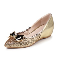 Women's Leatherette Sparkling Glitter Wedge Heel Flats Closed Toe shoes (086092742)