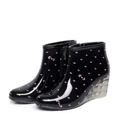 Женщины PVC Вид каблука Танкетка Ботинки Резиновые сапоги обувь (088146822)