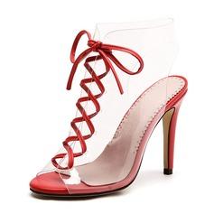 Kvinner PVC Stiletto Hæl Sandaler Pumps Titte Tå med Blondér sko (087155399)