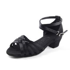 Детская обувь Атлас На каблуках Сандалии Латино с Ремешок на щиколотке Обувь для танцев (053067919)