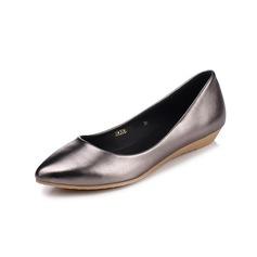 Naisten Keinonahasta Wedge heel Matalakorkoiset Suljettu toe kengät (086094918)