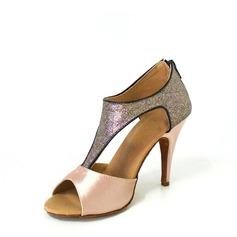 Vrouwen Satijn Sprankelende Glitter Hakken Sandalen Latijn met T-Riempjes Dansschoenen (053026471)