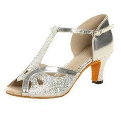 Женщины Мерцающая отделка Лакированная кожа На каблуках Сандалии Латино с Т-ремешок Обувь для танцев (053021494)