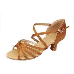 Femmes Satiné Talons Sandales Latin avec Lanière de cheville Chaussures de danse (053058447)
