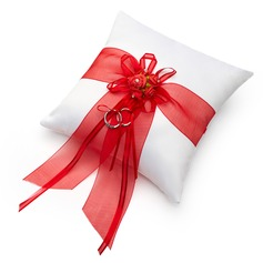 Romantic Rose Ring Pillow in Satin With Bow (103047305)