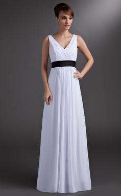 A-linjainen/Prinsessa V-kaula-aukko Lattiaa hipova pituus Sifonki Morsiusneitojen mekko jossa Satiininauhavöitä (007001859)